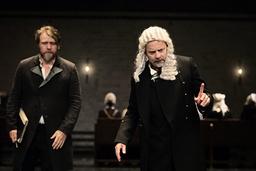 Delar av 'Häxjakten' liknar ett rättegångsdrama. 'Ja, någon kanske ljuger, men det ska inte synas, det får publiken ta ställning till', säger Alexander Mørk-Eidem.