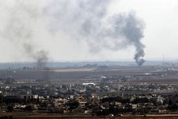Trots avtalet om eldupphör fortsatte röken att stiga från attackerade mål i nordöstra Syrien på söndagen.