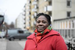Martha Hodge bor ett par portar bort från explosionsplatsen. 'Hela huset skakade', säger hon till TT.