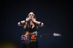 Mariette går till final i Melodifestivalen.
