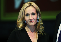 JK Rowling anklagas för transfobi av inbitna läsare. Arkivbild.