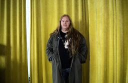 Musikern, låtskrivaren och poeten Mattias Alkberg flyttar sin planerade höstturné till våren 2021.