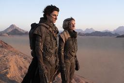 Timothée Chalamet och Rebecca Ferguson i nyversionen av 'Dune'. Pressbild.