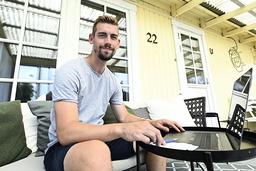 'Jag kände att är det någon gång jag ska sadla om och plugga till lärare så är det nu', säger Daniel Olsson.