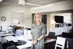 'Hade pandemin inte kommit hade jag nog inte slutat arbeta som flygvärdinna', säger Marie Wirth, som nu studerar till mäklare.